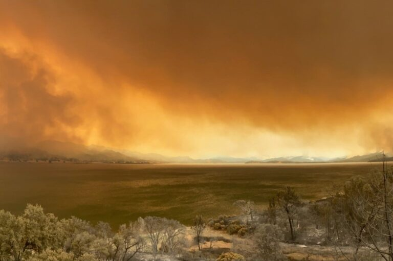 Image of the County Fire raging across the landscpae